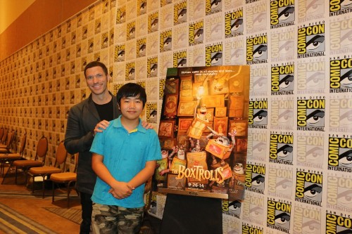12 AK Columns, Amazing Movie Reviews - The Boxtrolls, Perry-Chen-interviewing-Travis-Knight-at-Comic-Con